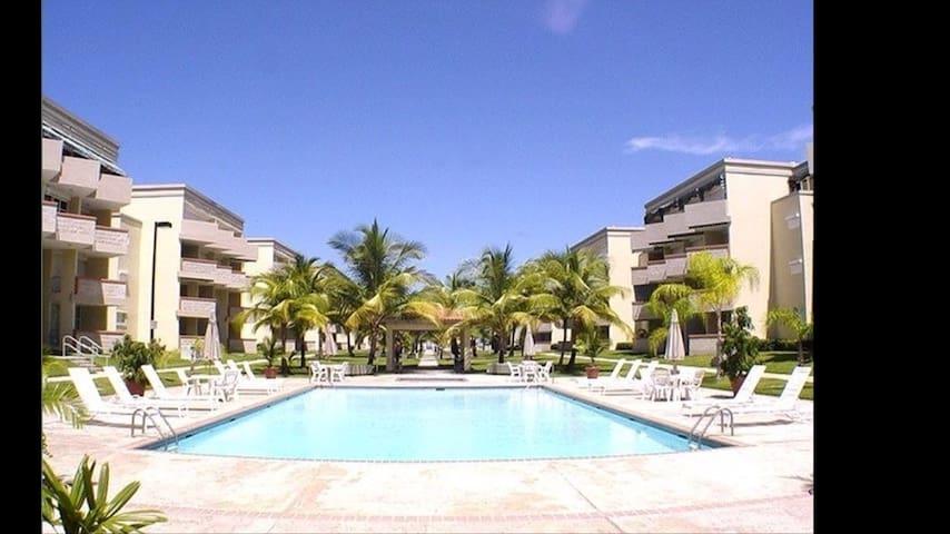 Olas 2b/2b Apartment w Private Beach Access