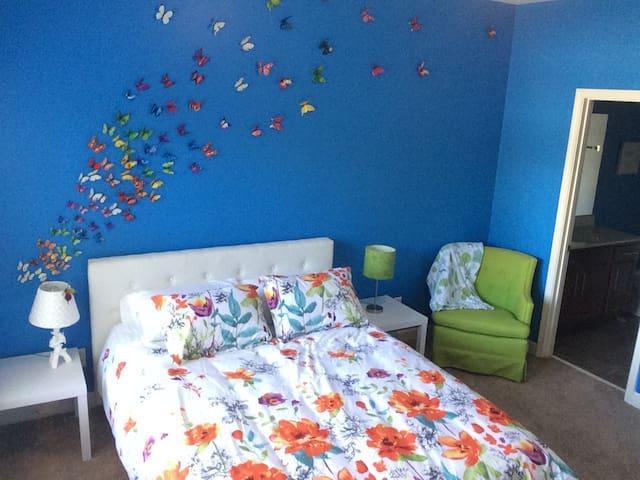 Happy decor and memory foam mattress