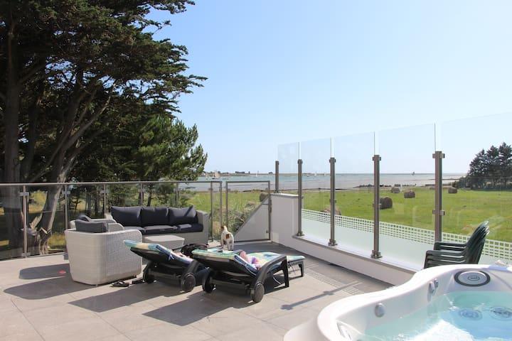 Belle villa bord  mer avec Jacuzzi - Le Tour-du-Parc - 別荘