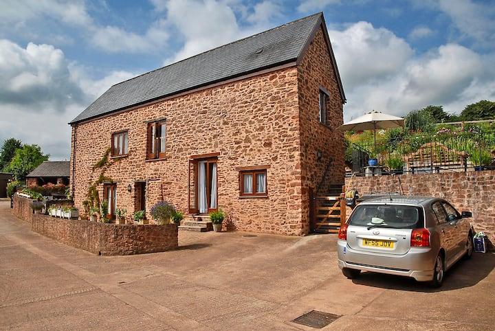 Private en-suite room in rural hamlet by Quantocks