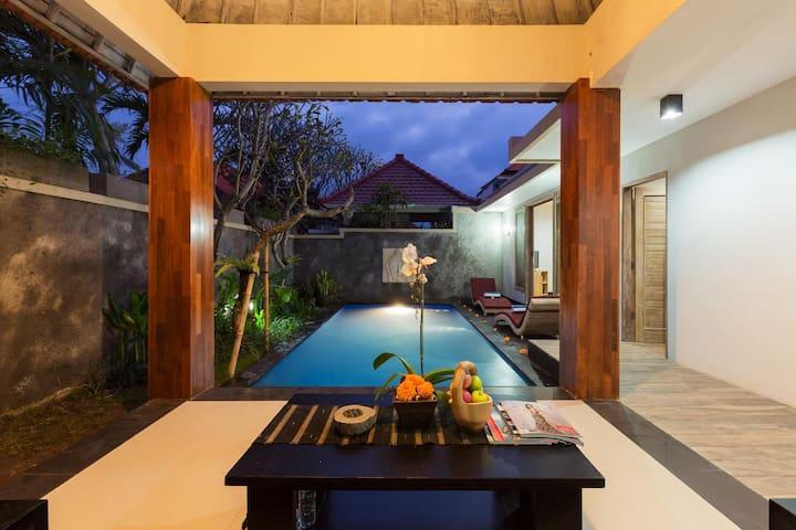 Peaceful Honeymoon Villa in Ubud w/ private pool