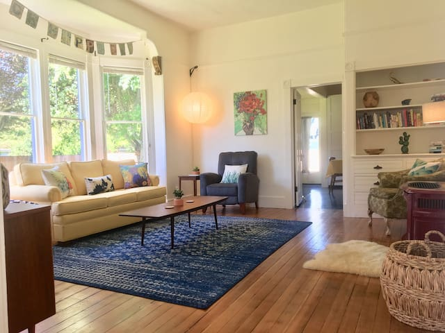 In the heart of Port Townsend! 3 bed/2 bath flat.