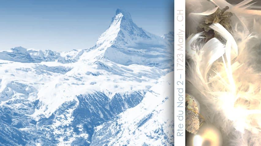 Vue sur les Alpes ... Ski et cocooning à gogo =0)