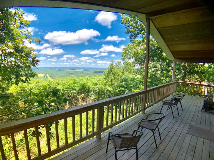 Summit Chalet, Spectacular View of the Ozarks