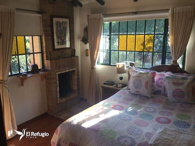 Finca El Refugio - Suite Golondrina - Tabio - บ้าน