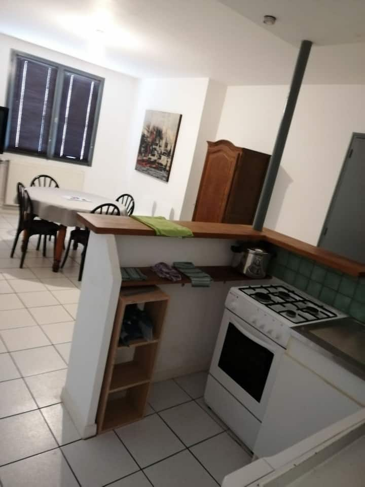 Appartement entier de 2 a 7 pers.    2/3 chambres