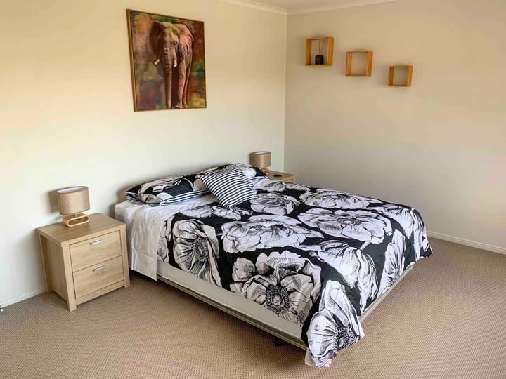 Bedroom upstairs 2
