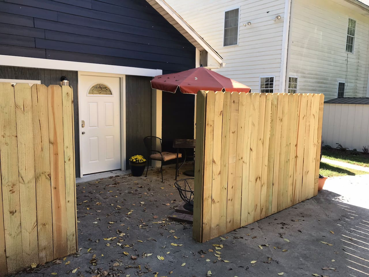 Drive way connected to host 's home