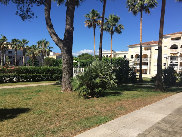 Appart Cannet Piscine Parking ( résidence privée)