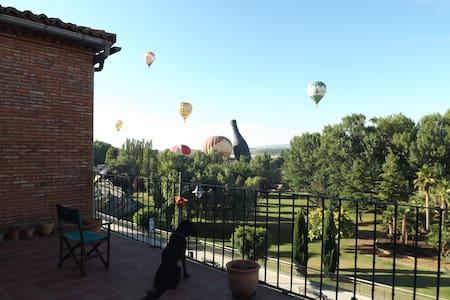 Habitación grande con preciosas vistas - Calahorra