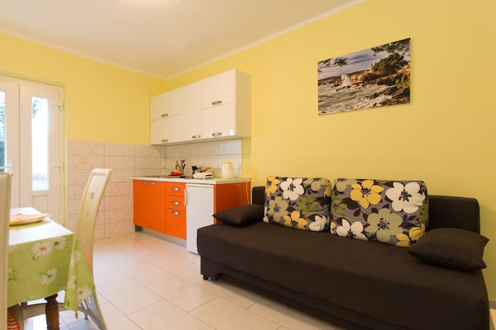 Lovely apartment for 2 in Krk