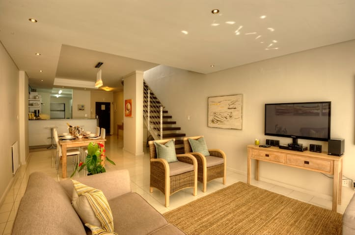 Whale Coast Hotel - Three Bedroom Apartment