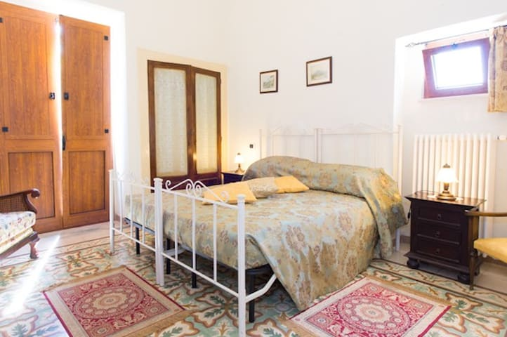 Apt in Rural Farmhouse sleeps 4/5 - Castellana grotte - Daire