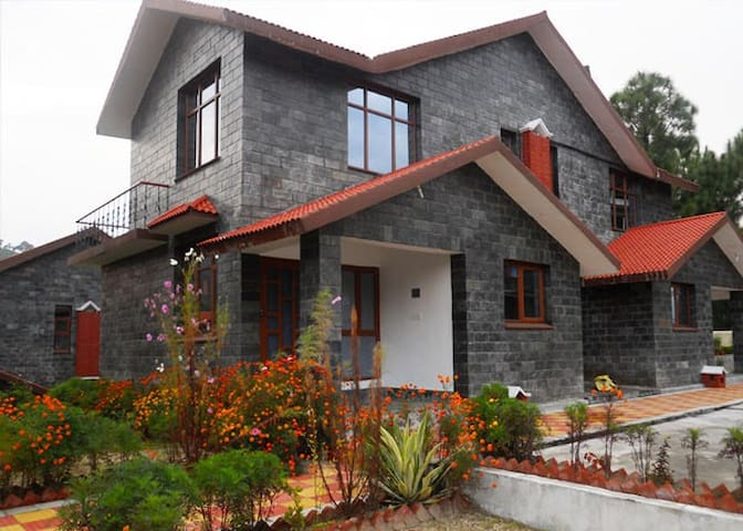 DUPLEX LUXURY COTTAGE - Palampur - Pondok