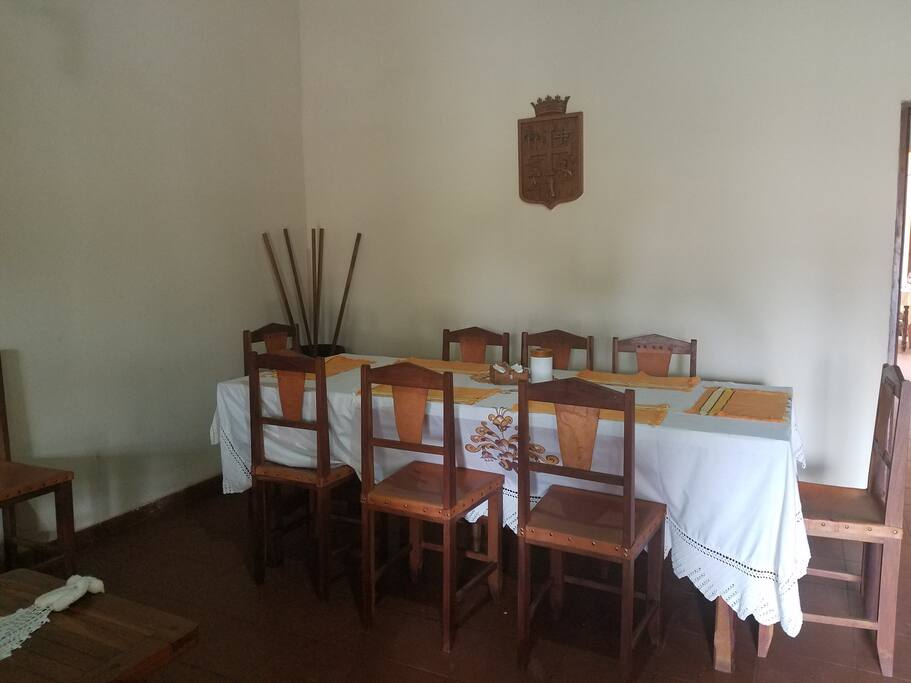 Mesa de comedor central