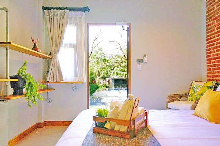 8分钟宁曼ninman商圈/高级大床房double room/king size bed/免费早餐/