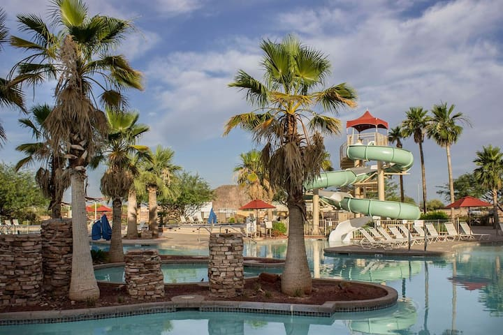 One Bedroom Room at Beautiful Resort - FINAL FOUR - Peoria - Timeshare