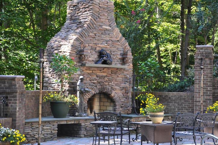 Davidsonville Sanctuary Near Annapolis