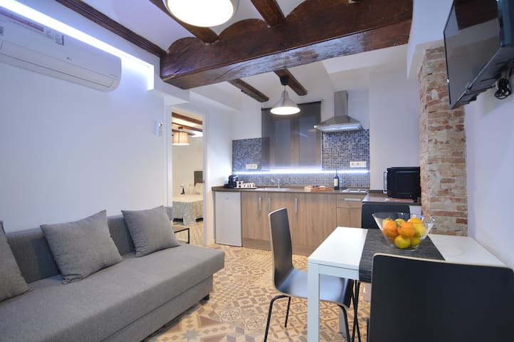 VALENTIA CARMEN,  new apartment center historic