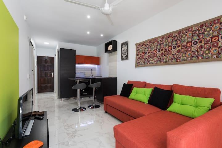 Amazing Apartment in Playa del Ingles near Yumbo - San Bartolomé de Tirajana - Lejlighed