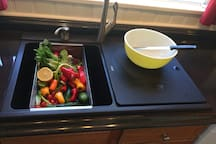 Cook in or eat out!  Kitchen is fully equipped.