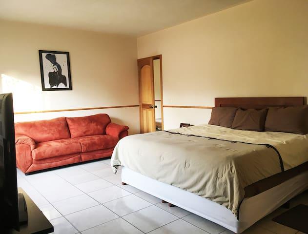 Comoda habitacion en Villas