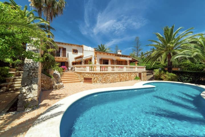 Villa located in first line from the beach on the isle of Mallorque