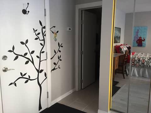 Trendy Space in Trendy Spot, Studio Apt on Whyte