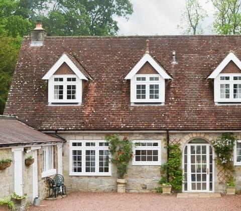 Dene Cottage, lovely rural retreat for couples