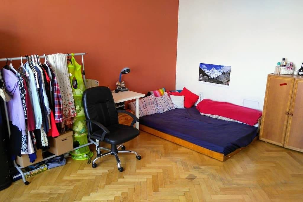 Bedroom, the small double bed (160cm x 200cm), second table with chair