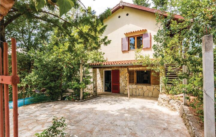 Awesome home in Krusevo with WiFi and 2 Bedrooms