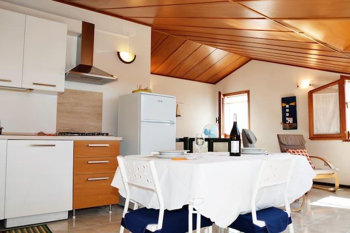 Romantica mansarda fronte mare - Sant'Antioco - Apartment