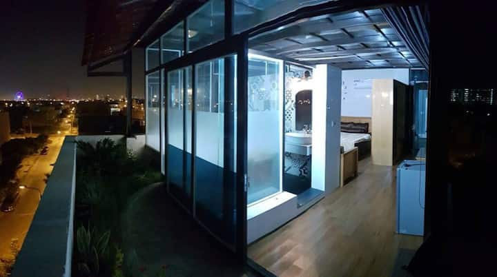 Penthouse With bathtub-35m2(Pet Allowed)NguHanhSon