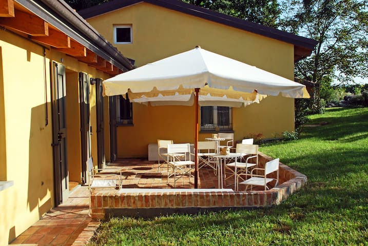 Countryhouse 18 beds - Faenza - Huis