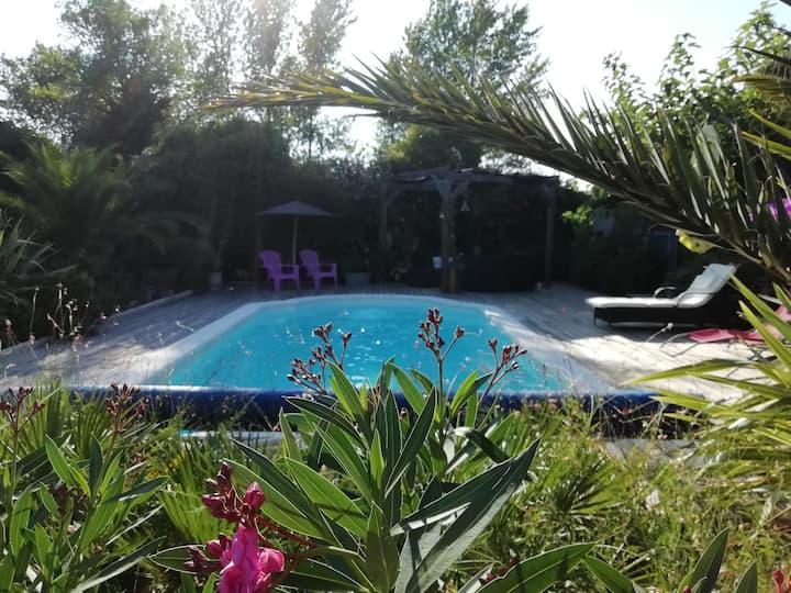 ☀️ Charme des Corbières pour 2 avec PDJ et piscine