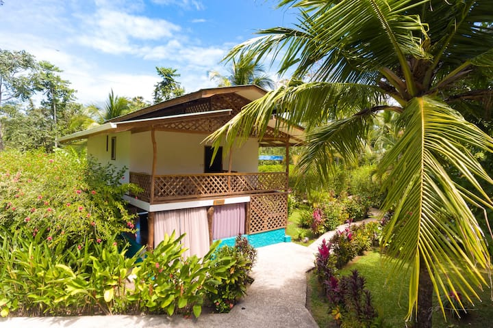 Passion Fruit Lodge Casa Mango