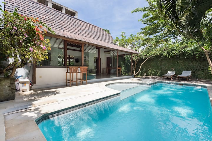 2BR private villa & pool in seminyak