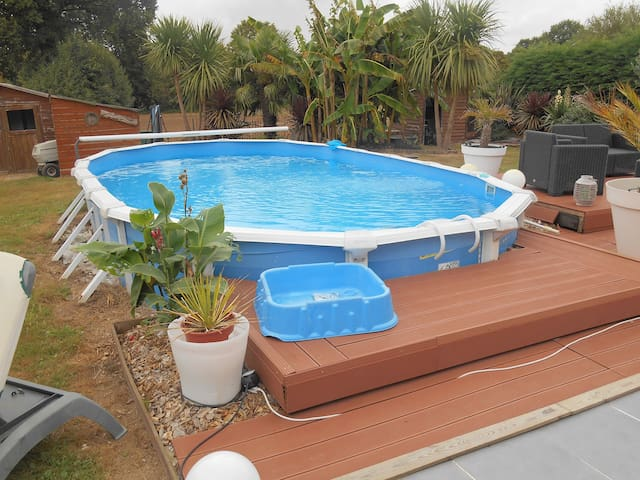 Agréable maison avec piscine - Sulniac - House