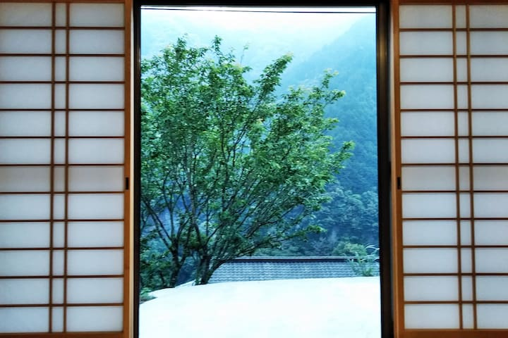 You can stay Traditional Japanese Room with FUTON.