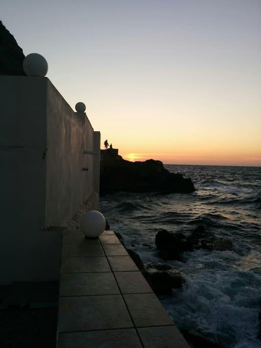 Ηλιοβασίλεμα από την βεράντα