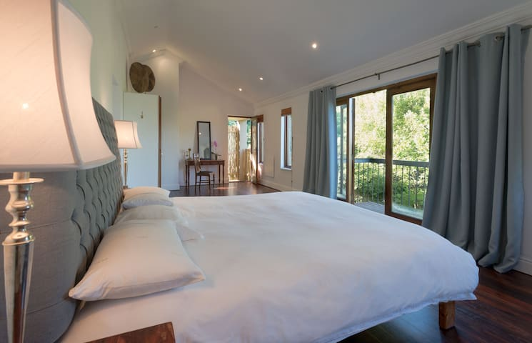 Sanctuary Cottage - Constantia Forest Winelands