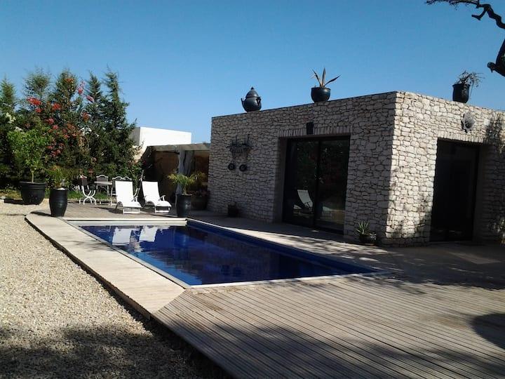 Agréable villa avec piscine privée et chauffée