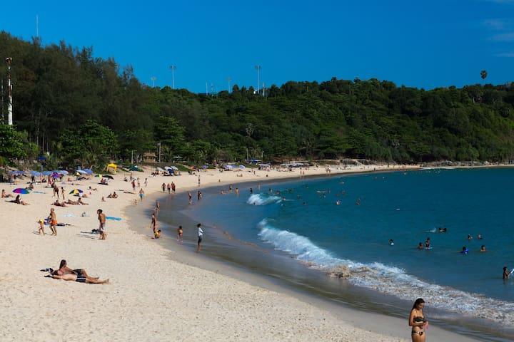 Nai Harn beach the best beach of Phuket