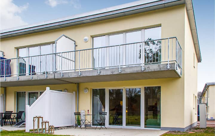 Stunning home in Graaal Müritz with WiFi and 2 Bedrooms