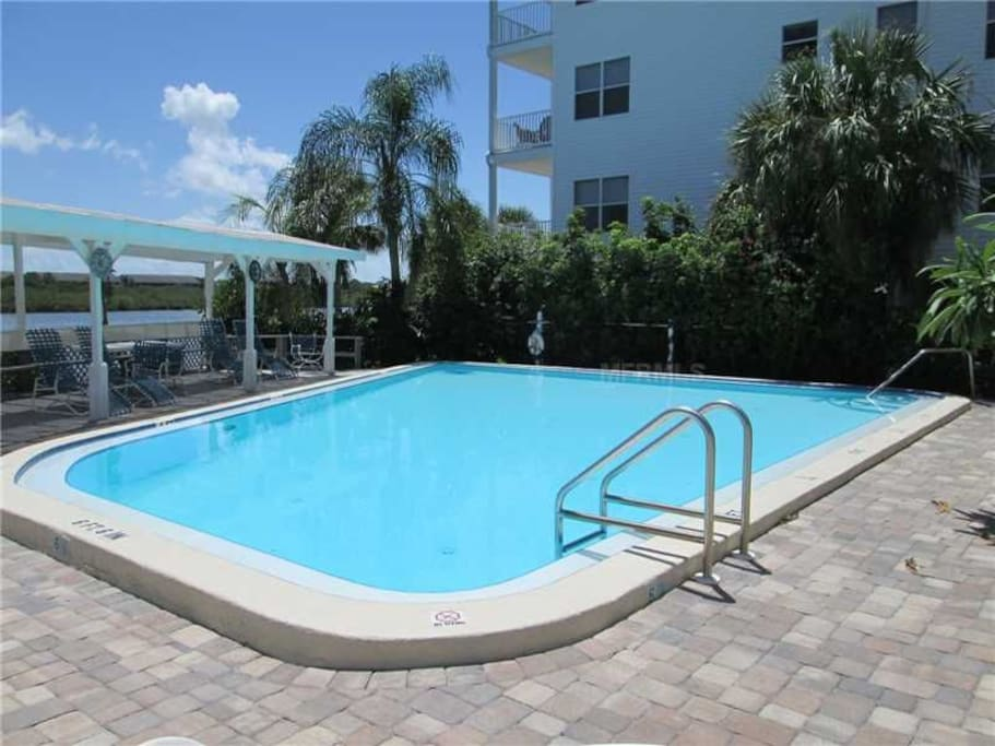 Spacious pool with views overlooking the intercostal water way