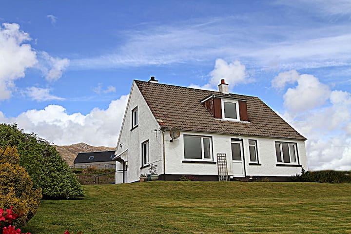 Druim-nan-Deur, Lochcarron - Lochcarron - House