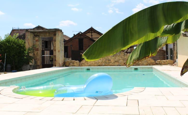 appartement neuf dans ferme piscine - Nogaro - Casa