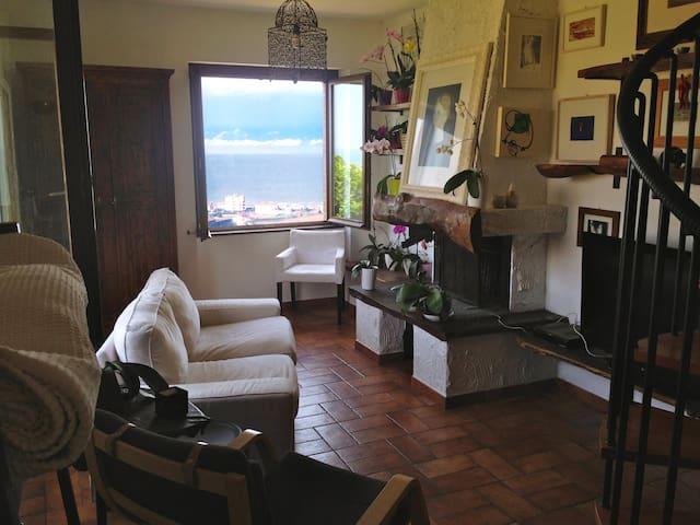 Stanza Privata 3 posti letto Contesto Residenziale - Provincia di Ancona - Apartamento