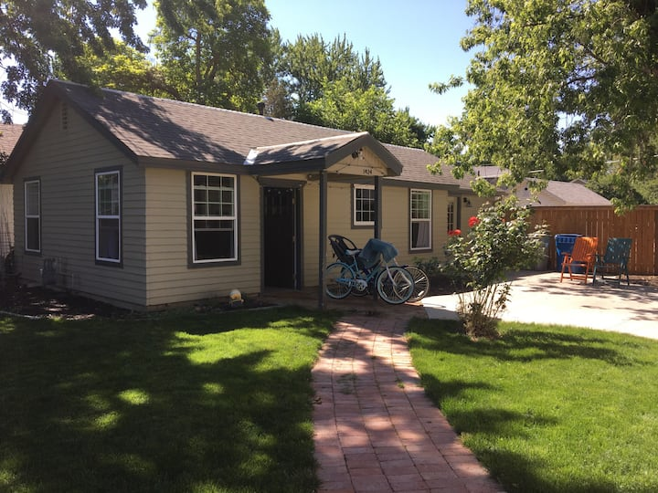 Kid/Dog Friendly home in great spot