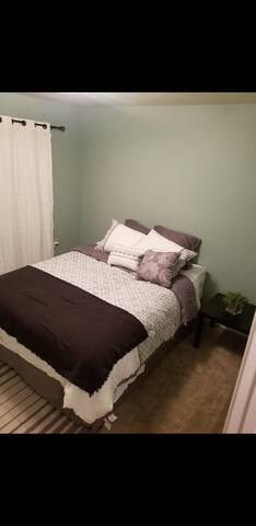 Beautiful 1 bedroom with private restroom